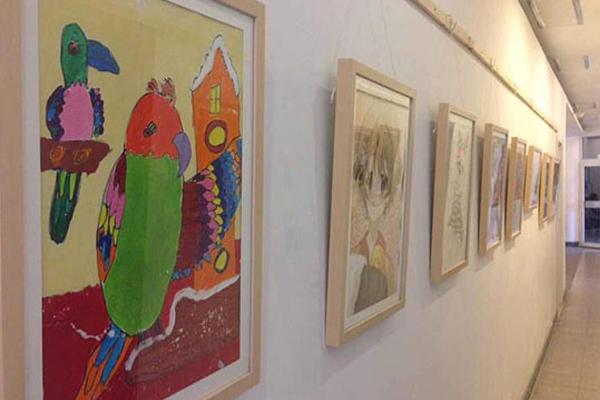 缤纷鸟儿童创意美术加盟