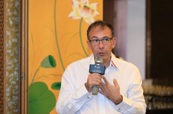 杰出侍酒师弗兰克·托马斯(Franck THOMAS)加盟波尔多葡萄酒学校培训季